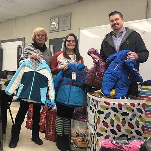 GLVR Members, Sponsors Donate Nearly 150 Coats to Carbon County School District